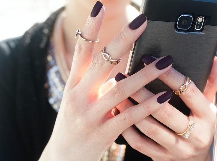 Sørg for at sætte prikken over i'et med dine smykker