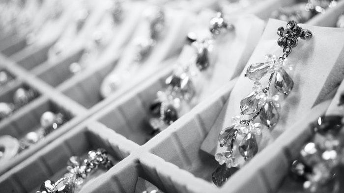5 tips til at købe smykker på ferien